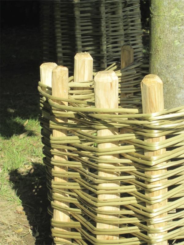 protection d'arbre tissée en osier stabilisé